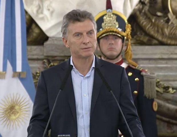 Macri anunció que el piso de Ganancias será de 30 mil pesos - El