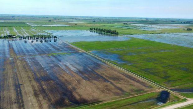 Córdoba y Santa Fe buscan una salida al agua tras las lluvias