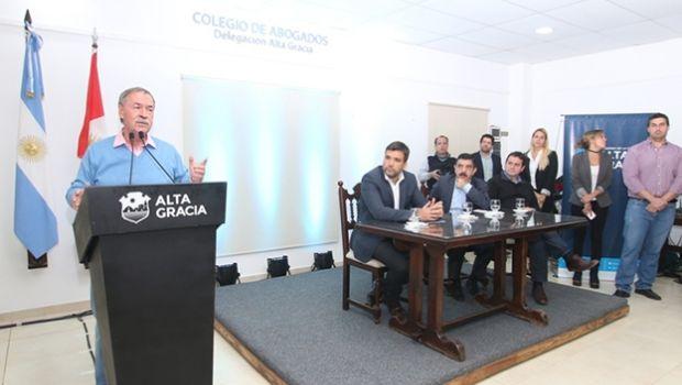 Schiaretti reclamó fondos para obra al gobierno nacional