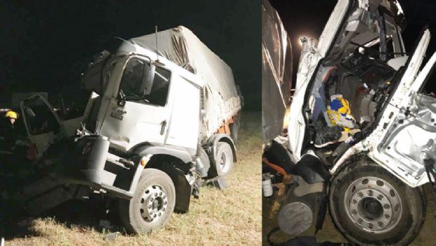 Choque de camiones en la autopista Córdoba-Rosario