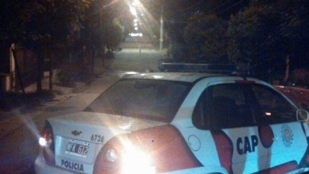 """Carlos Paz: Un policía mató a un joven y se investiga si hubo """"gatillo fácil"""""""
