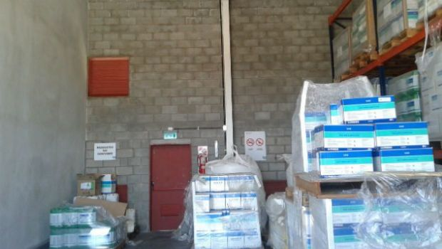 Clausuran depósito de agroquímicos en Cruz del Eje