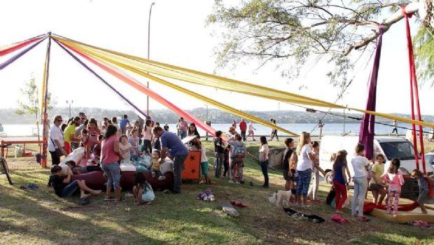 El circo municipal abrió el ciclo en la costanera el fin de semana