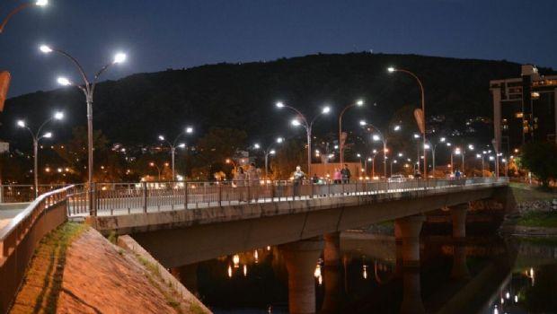 La Provincia instalará más de 500 luces de LED en Carlos Paz