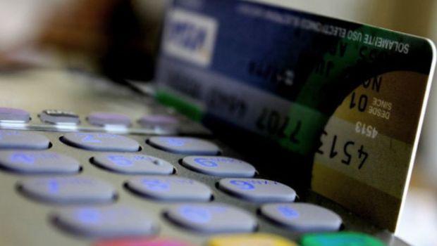 Multarán a los comercios de Carlos Paz que no reciban tarjetas de débito