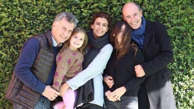 Familia moderna: Juliana Awada festejó el Día del Padre con su ex y con Mauricio Macri