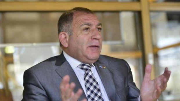 Luis Juez deja la embajada en Ecuador y regresa a Argentina
